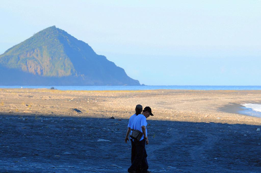 宜蘭秘境景點|初探!南澳海蝕洞