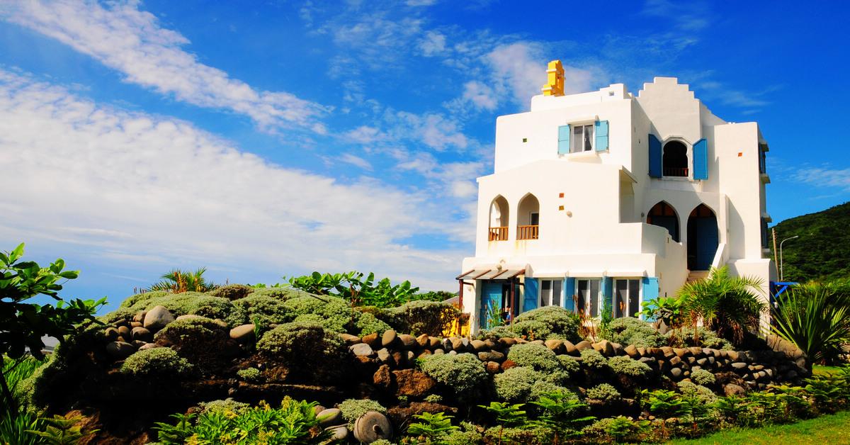 花蓮豐濱海景民宿|崖上民宿(二訪更新),藍白地中海風情,一間讓人可以把心留住的旅棧