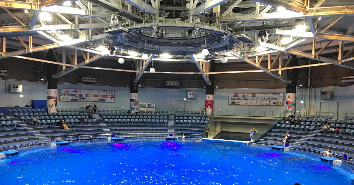 東京景點|MAXELL AQUA PARK SHINAGAWA/品川室內水族館,值得一看聲光俱佳+水舞表演的海豚秀
