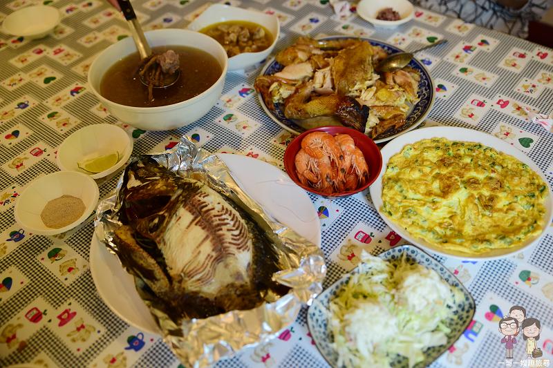 花蓮美味|吉安兩津食堂無菜單農莊料理!一人300,烤魚、烤雞樣樣都美味